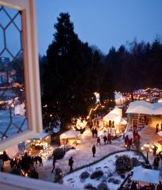 Romantischer Weihnachtsmarkt Schloss Grünewald 1. Advent
